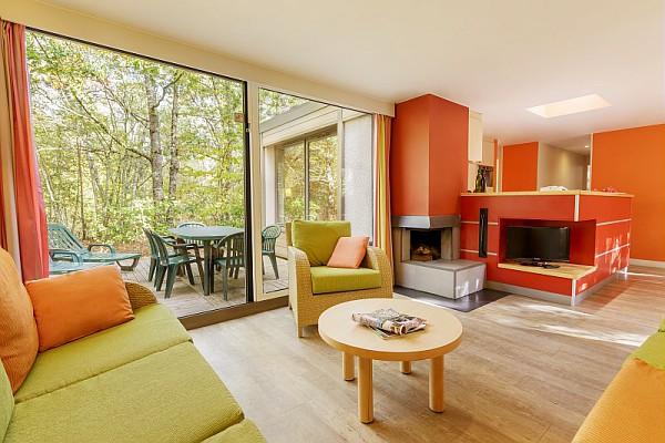 h bergements ce leroy merlin villeneuve. Black Bedroom Furniture Sets. Home Design Ideas